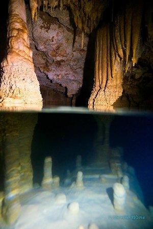 Flow: snorkel cave