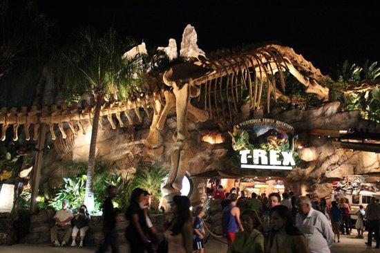 Disney Springs: Entrada do T-Rex restaurant