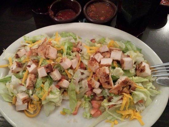 El Fenix Famous Mexican Restaurant : Chicken Chalupas