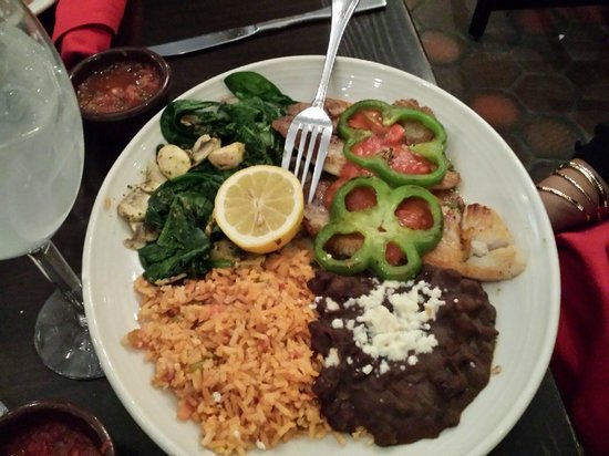 El Fenix Famous Mexican Restaurant : Tilapia Veracruz