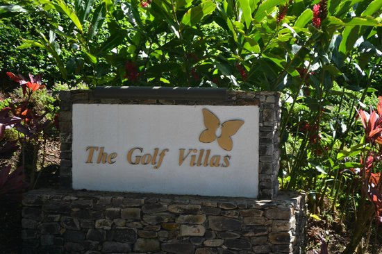 The Kapalua Villas, Maui : Entrance to the villas