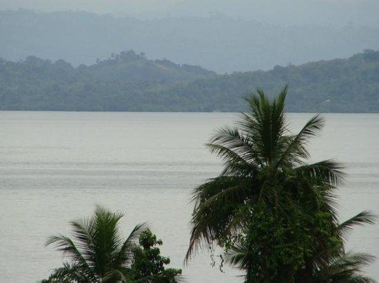 Free Spirit Oasis: Relaxing ocean views from room balcony.