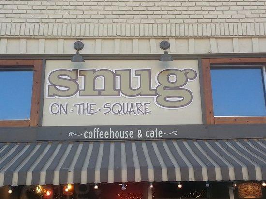 Snug on the Square: Snug