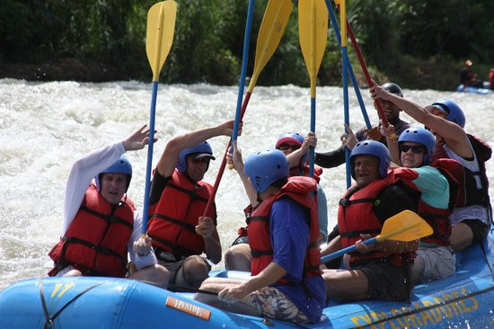 Exploradores Outdoors: A successful rafting trip had by all