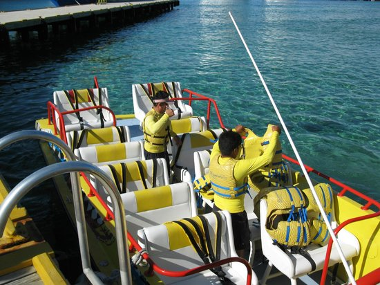 Isla Pasion: Getting the boat ready