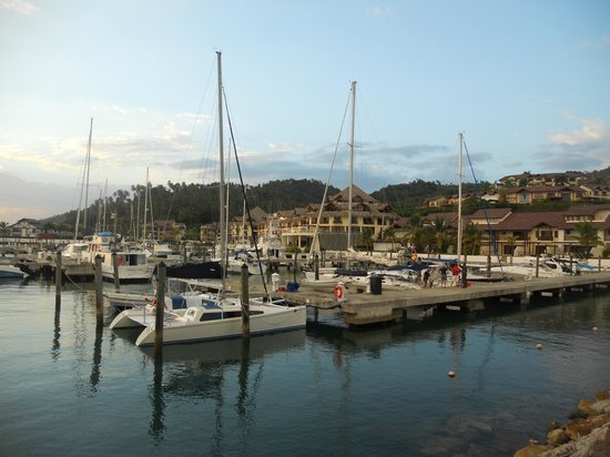 The Bannister Hotel & Yacht Club : Marina