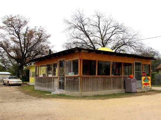 Live Oak Drive Thru: Exterior view
