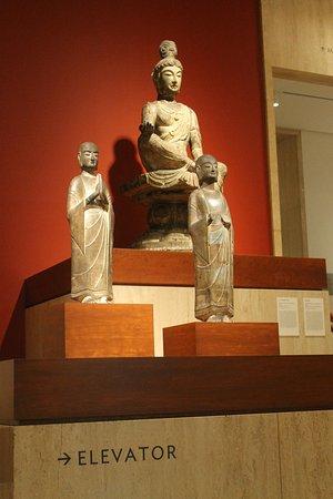 The Art Institute of Chicago: ARTEfacto