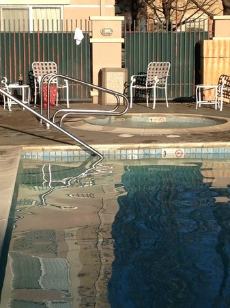 La Quinta Inn & Suites Fairfield - Napa Valley: Relaxing and peacful.