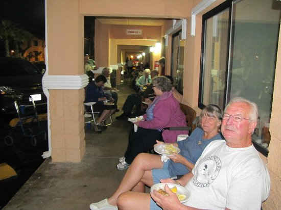 Super 8 South Padre Island: Enjoying fish, fellowship with friends and fun
