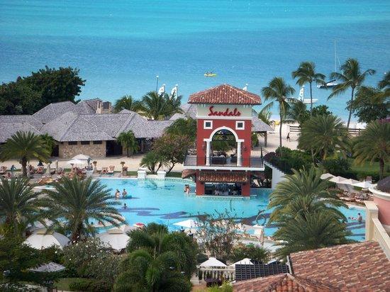 Sandals Grande Antigua Resort & Spa: Main pool