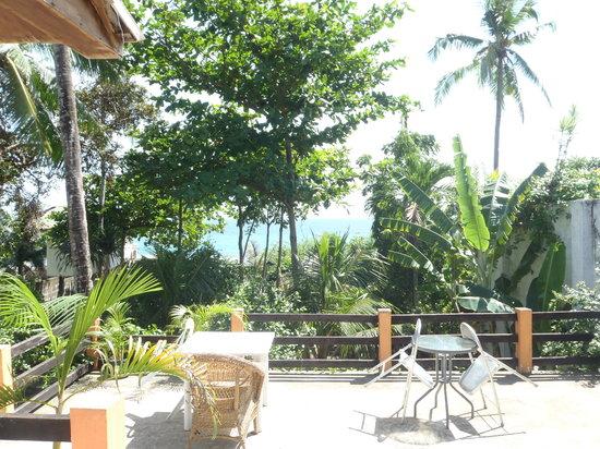 Sea Gates Catadman Lodge: Terrace view