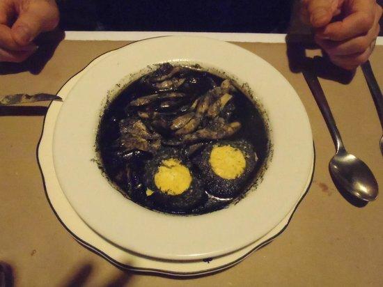 Kinich  El Sabor de Izamal: Main course: Relleno negro