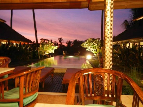 Lodtunduh Sari : view from the restaurant at sunset