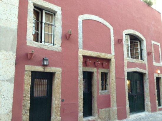 Casa das Merceeiras: outside