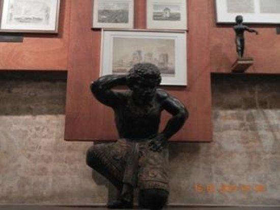 Kura Hulanda Museum : Sala Barcos de comercio de esclavos.