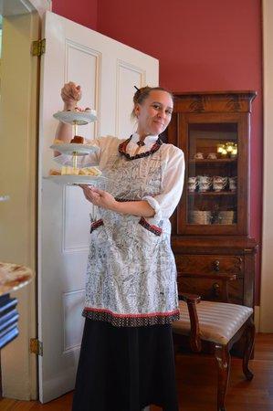 Lakeport English Inn : Victorian High Noon Tea