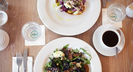 Neo Cafe & Eatery : A seasonal menu that looks to celebrate the local artisan producers in the region.