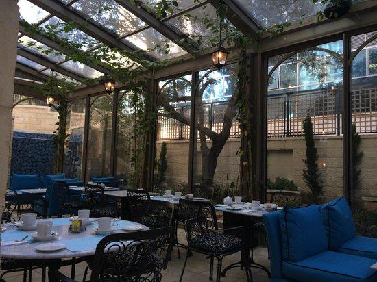 Bay Club Haifa Hotel - an Atlas Boutique Hotel: Love, love the dining area