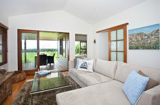 La Vista Byron Bay: View Villa Lounge Room