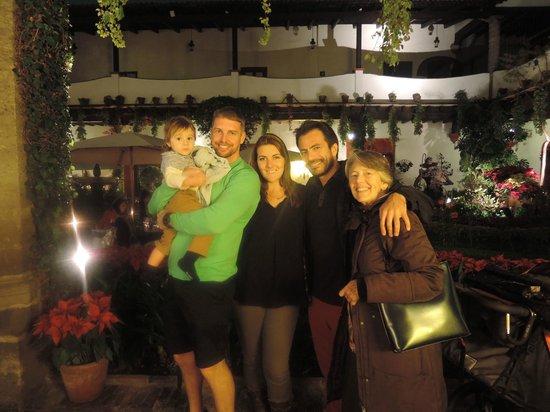 Restaurante Antiguo San Angel Inn : Family Enjoying San Angel Inn