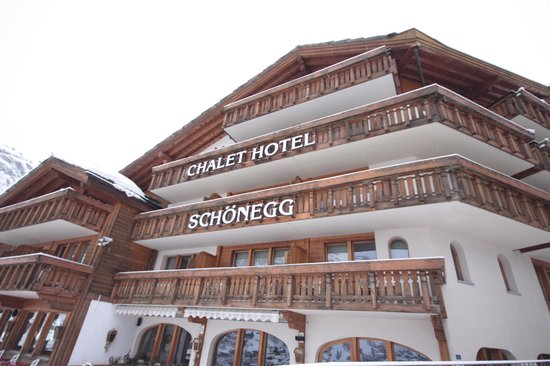 Chalet Hotel Schoenegg : Front of the hotel
