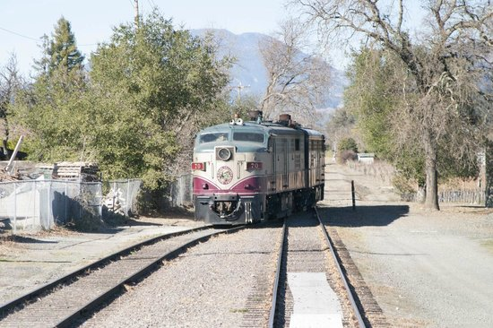 Napa Valley Wine Train: Engine train