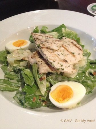 Maloney's Hotel: Chicken Caesar Salad w Chargrilled Chicken $13.90