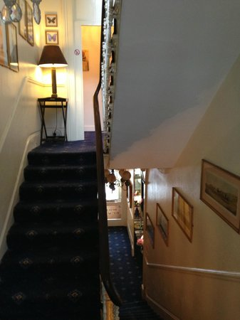 Blades Hotel: View of a section of the stairwell