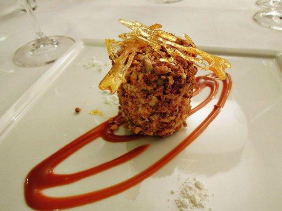 Praline dessert picture of cuisine gourmet by nathalie for Cuisine gourmet by nathalie