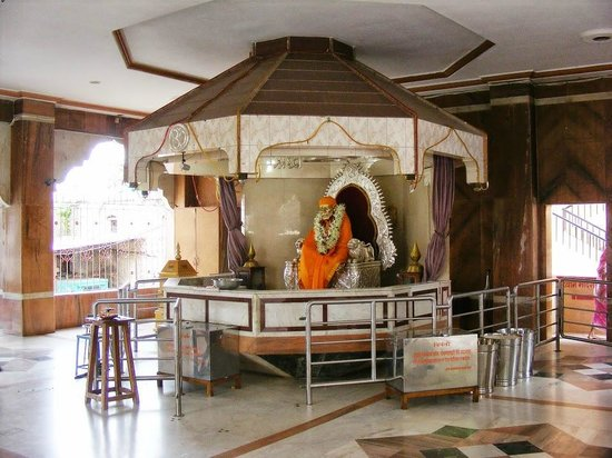 Parbhani, الهند: Shirdi Saibaba Janmshtan Mandir