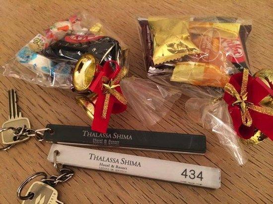 Thalassa Shima Hotel & Resort: プレゼントとカギ