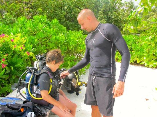 Four Seasons Resort Maldives at Kuda Huraa : with Aleksei