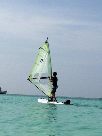 Four Seasons Resort Maldives at Kuda Huraa : Windsurf