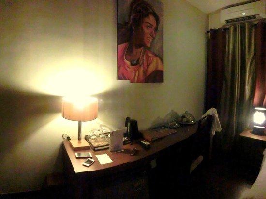 Kanishka Villas: room