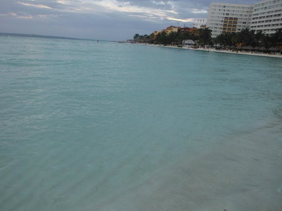 Beachscape Kin Ha Villas & Suites: Playa