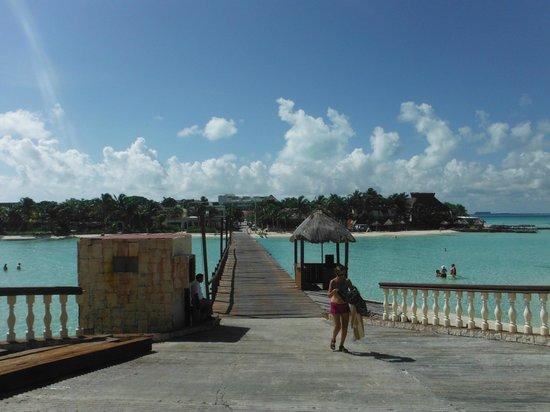 Mia Reef Isla Mujeres: Puente de Ingreso