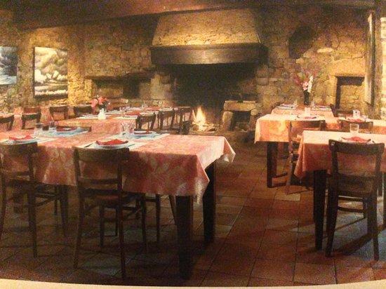 Ferme-Auberge de la Ville Andon : The restaurant