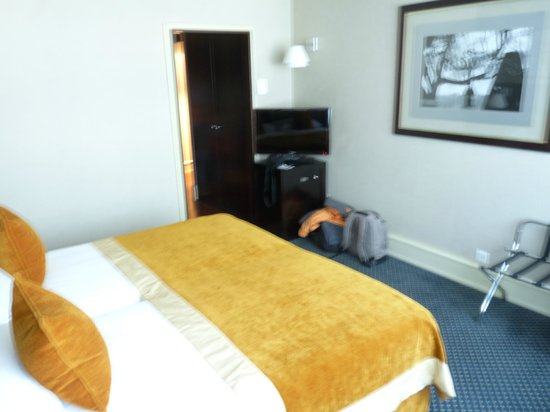 Hotel Auteuil - Manotel Geneva : Bedroom