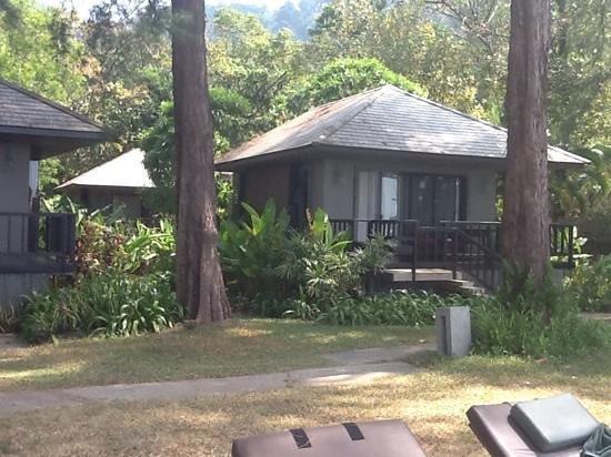 Khaolak Wanaburee Resort: one of the cabins