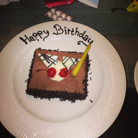 Grand Mega Resort & Spa: Surprise Birthday Cake in my room from them!