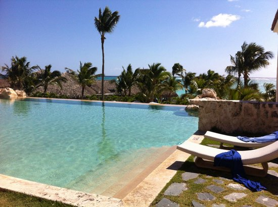 Sanctuary Cap Cana by AlSol: Infinity Pool