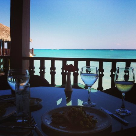 Sanctuary Cap Cana by AlSol: Lunch at Blue Marlin