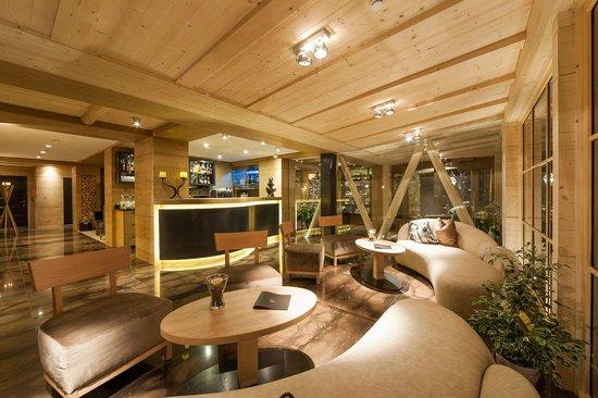 Hotel Portillo Dolomites: Bar