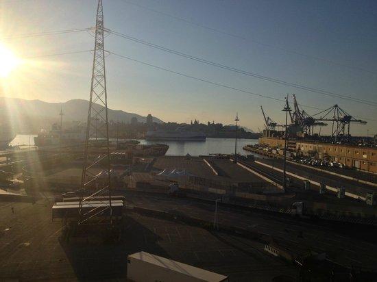 Columbus Sea Hotel: Вид из номера утром