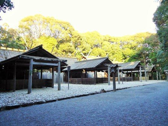 Tsukiyomi-no Miya