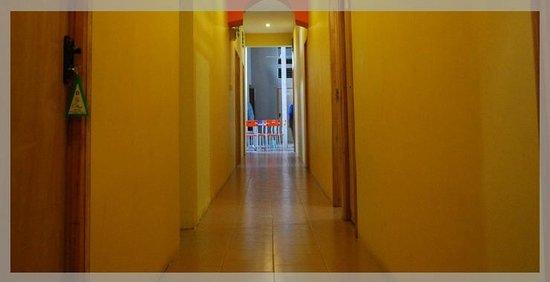 City Motel: Corridor