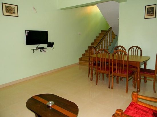 Simoes Residency : way to rooms