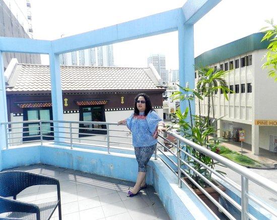 Hotel 81 - Elegance: The Door to Balcony