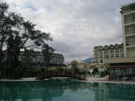 SENTIDO Palmet Resort: Территория оттеля